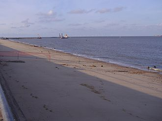 Great Yarmouth Outer Harbour - Construction of the outer Harbour August 2007