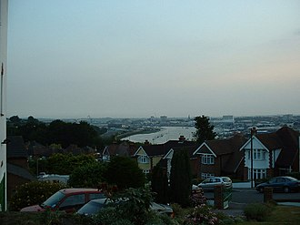 Bitterne - Bitterne's topological elevation results in some pleasant views of Southampton