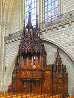 P1330927 Angers cathedrale St-Maurice chaire rwk.jpg