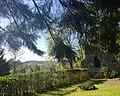 Park Villa Haas Sinn (Hessen) - Ruine und Blick auf den Westerwald.jpg