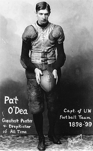 "Wisconsin Badgers football - Pat ""Kangaroo Kicker"" O'Dea"