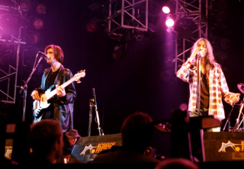File:Patti Smith Live (Roskilde 1996) (3495497576).jpg