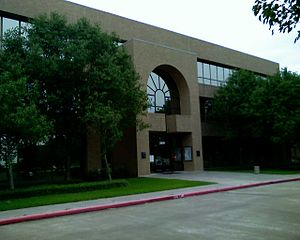 English: City Hall of Pearland, Texas Español:...