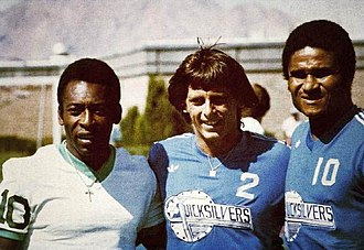 Las Vegas Quicksilvers - Pelé (first from left) with Las  players Brian Joy and Eusébio in 1977.