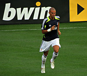 Pepe (footballer, born 1983) - Pepe training with Real Madrid in 2012.