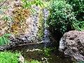 Pequeña caida de agua - panoramio.jpg
