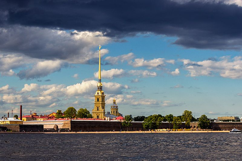 Peter and paul fortress 01.jpg