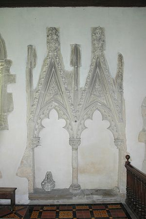 Piddington, Oxfordshire - St Nicholas' parish church: ornate Decorated Gothic sedilia in the chancel