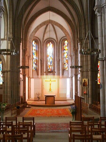 450px-Pierre-qui-Vire-2009-8 dans Yonne
