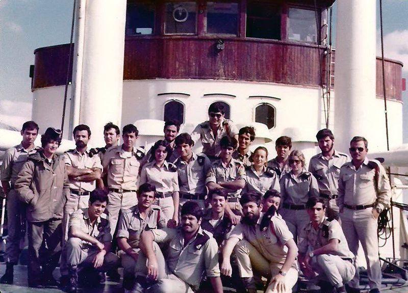 """צוות אח""""י נגה 1976"""
