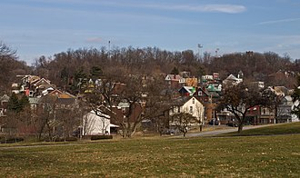 Garfield (Pittsburgh) - The western edge of Garfield seen from Allegheny Cemetery
