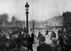 6 February 1934 crisis - Rioters attacking mounted police with projectiles outside the Place de la Concorde during the crisis.