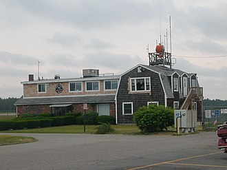 Plymouth Municipal Airport (Massachusetts) - Image: Plymouth Airport Building