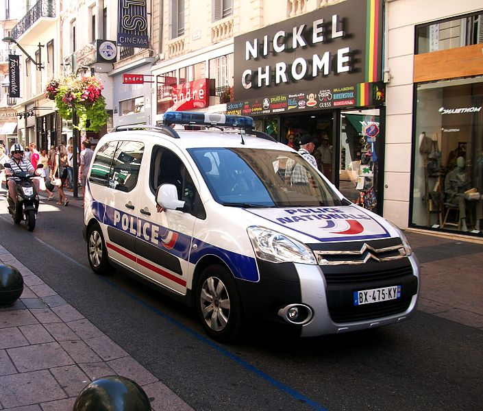 Fichier police nationale cannes citro n berlingo ii jpg for Police cannes