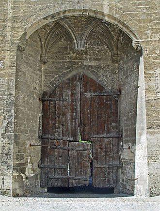 Wicket gate - A wicket gate in the Palais des Papes (Avignon).