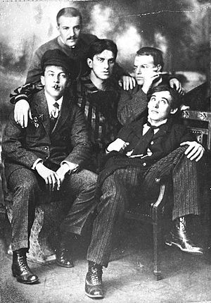 David Burliuk - Burliuk (2nd from right)