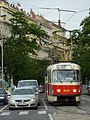 Povodňová doprava v Praze, M, 242.jpg