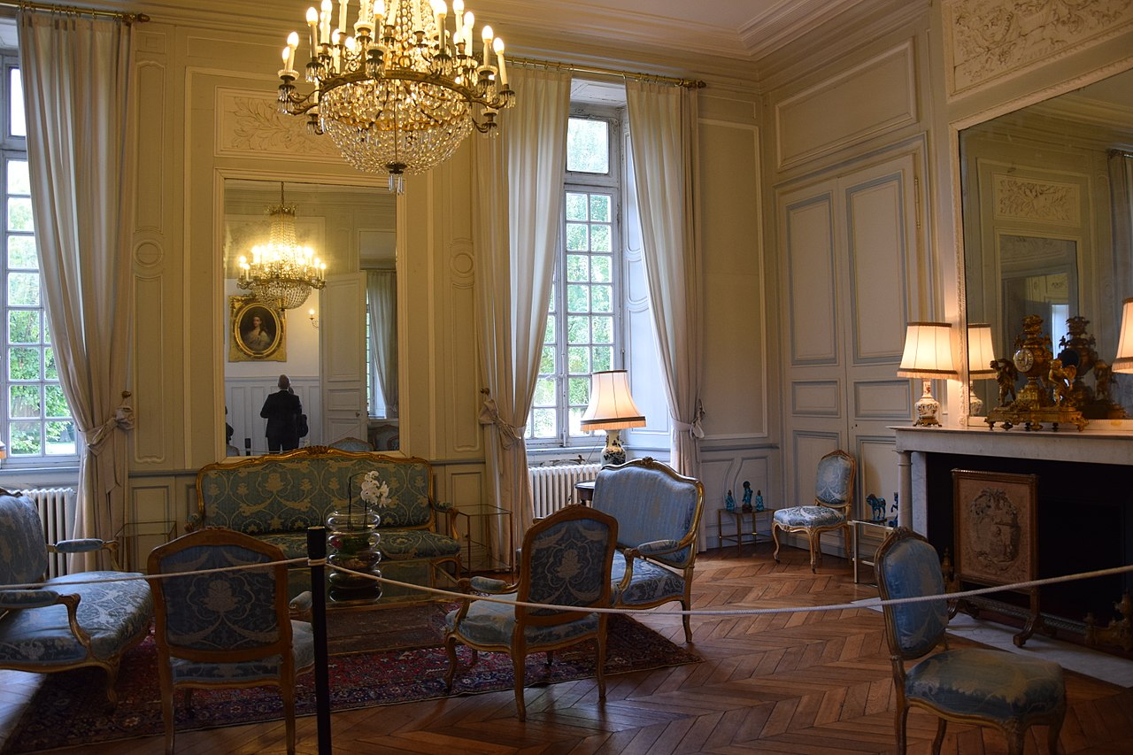 fichier pr fecture de beauvais abbaye saint quentin salon bleu 1 jpg wikip dia. Black Bedroom Furniture Sets. Home Design Ideas