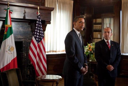 President Barack Obama meets President Felipe Calderón