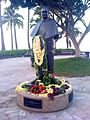 Prince Kuhio statue in Waikiki.jpg