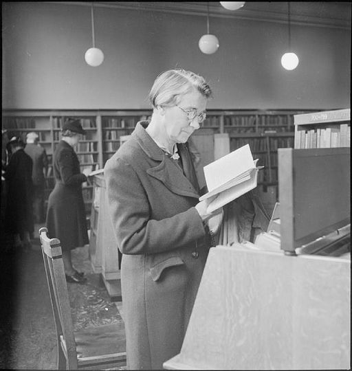 Public Library- the work of Leyton Public Library Service, Church Lane, Leytonstone, London, England, UK, September 1944 D22129