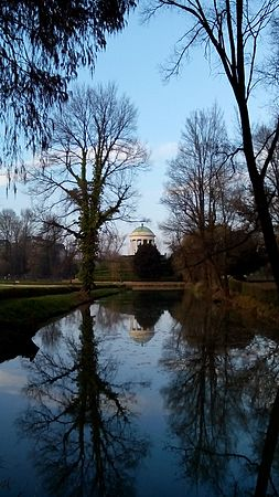 Quando c'è poesia. Parco Querini. Vicenza.jpg