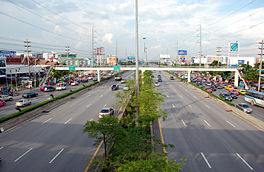Rama II road at Central Rama II.jpg