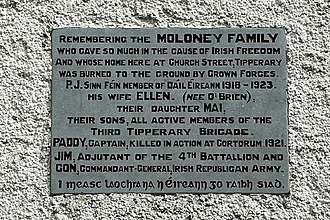 3rd Tipperary Brigade - Plaque in Church street Tipperary commemorating the contribution of the Moloney family to the struggle for independence