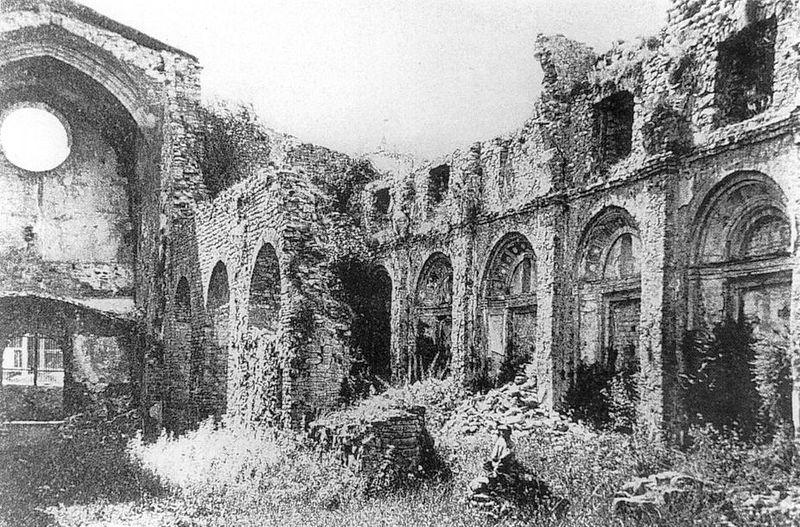 Monasterio de Santa María de Ripoll después del ataque e incendio durante las bullangues de 1835.