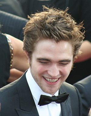 Robert Pattinson Oscars on Robert Pattinson At The 81st Academy Awards