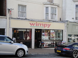 Wimpy (restaurant) - A Wimpy restaurant in Ryde, Isle of Wight with the previous logo.