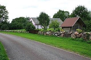 Laadla, Saare County village in Saare County, Estonia
