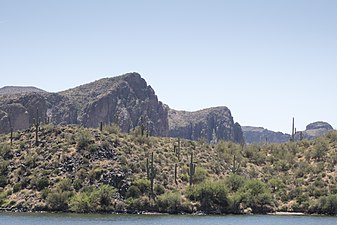 Saguaro Lake Superstition Mtns 1.jpg
