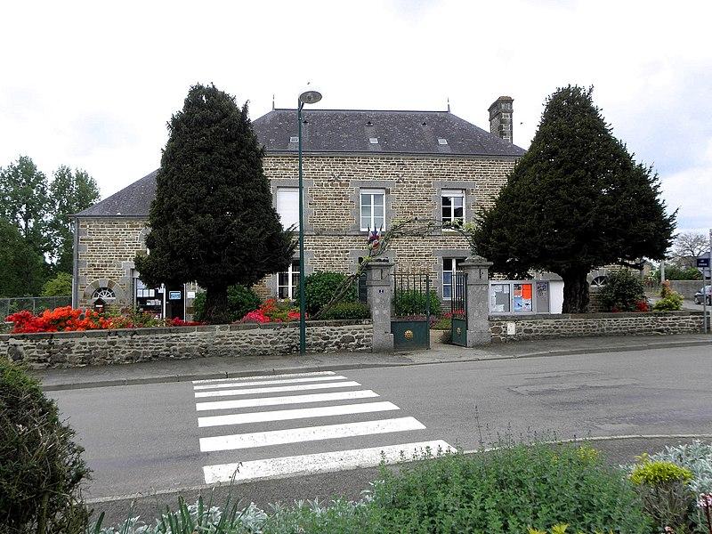 Mairie de Saint-MArs-sur-Colmont (53).