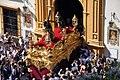 Salida de Cristo de San Roque en su paso, Sevilla.jpg