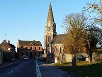 Sancourt église et mairie.JPG