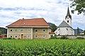 Sankt Veit an der Glan Projern 1 Pfarrhof und Pfarrkirche Heiliger Rupertus 22062012 444.jpg