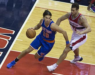 Sasha Vujačić - Vujačić (left) playing for Knicks in 2015