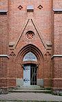 Satow Kirche Westportal.jpg