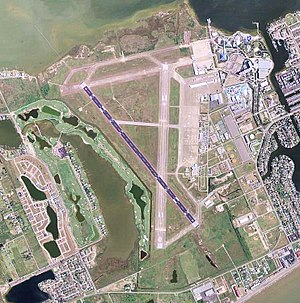 Scholes International Airport at Galveston - USGS 2006 orthophoto