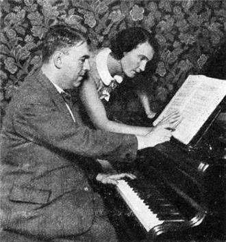 Erwin Schulhoff - Composer Erwin Schulhoff and dancer Milča Mayerová, ca 1931