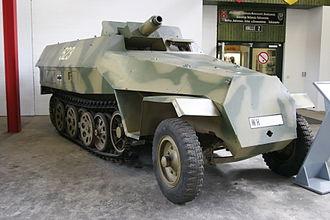 """Sd.Kfz. 251 - Sd.Kfz. 251/9 """"Stummel"""""""