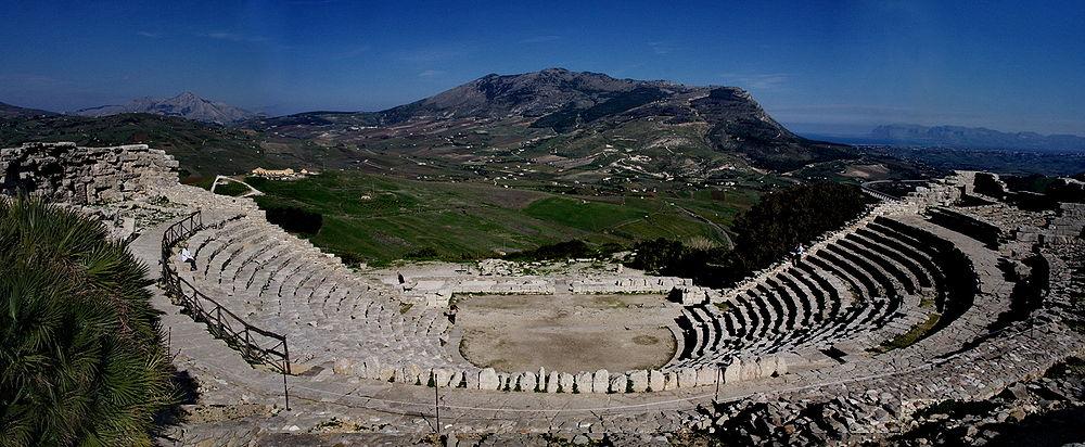 external image 1000px-Segesta-Teatre-7527panoramic2.jpg