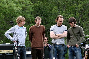The Lion and the Rose - Members of Sigur Rós appeared in the episode.