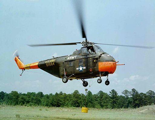 Sikorsky S-55 inflight c