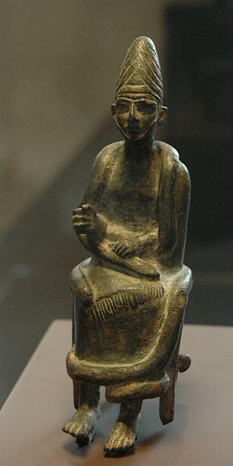 Qatna - Statuette of a seated god from Qatna