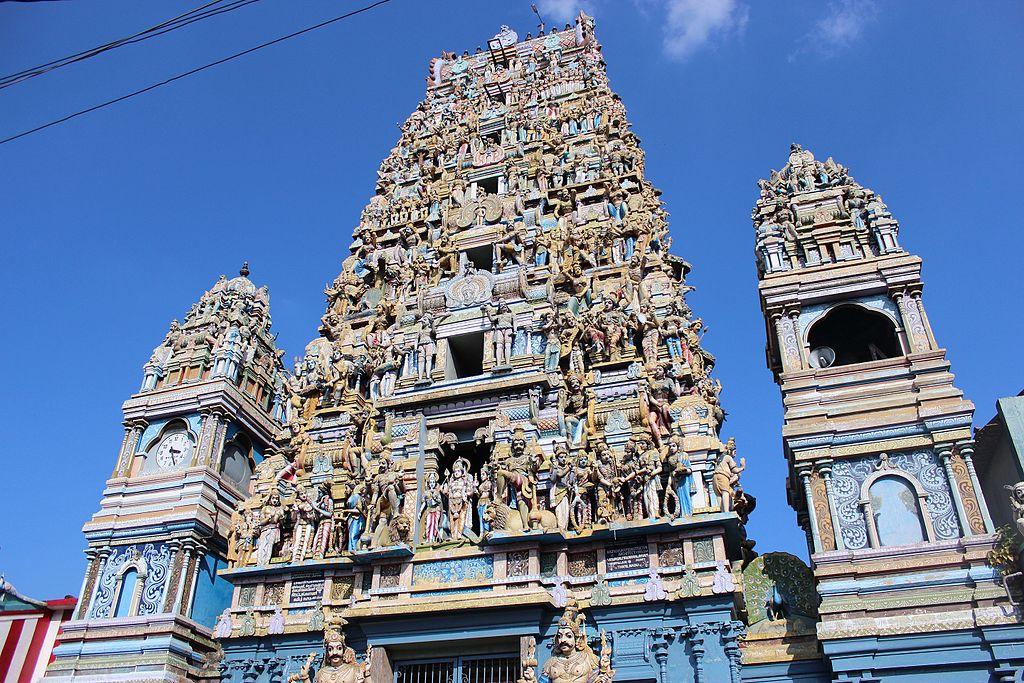 Slave Island Murugan Temple.jpg