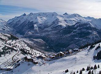Auris, Isère - Auris-en-Oisans from the Sures ski lift