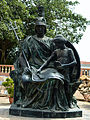 Statue Of Noble in Mohatta Palace, Karachi.jpg
