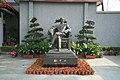 Statue de Sun Yat-sen.jpg